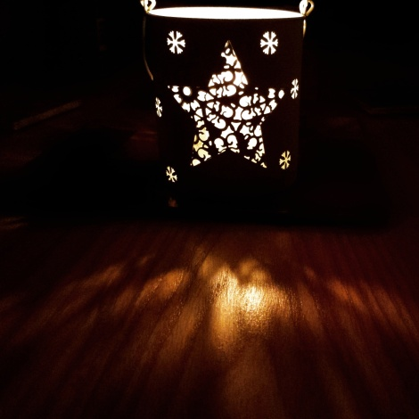 A Hugo star candle, a gift from my youngest brother.